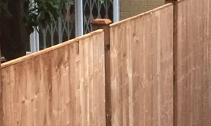 Fencing & Decking Contractors - Finchley, North London